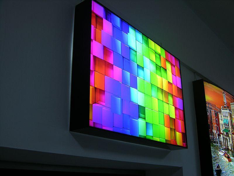 Arkadan Işıklandırılmış Pleksi UV Baskı