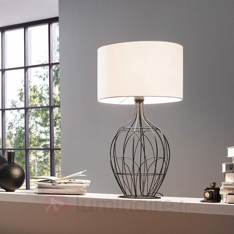 fagona une grande lampe poser avec un joli pied lampes poser rustiques luminaire fr allemagne. Black Bedroom Furniture Sets. Home Design Ideas