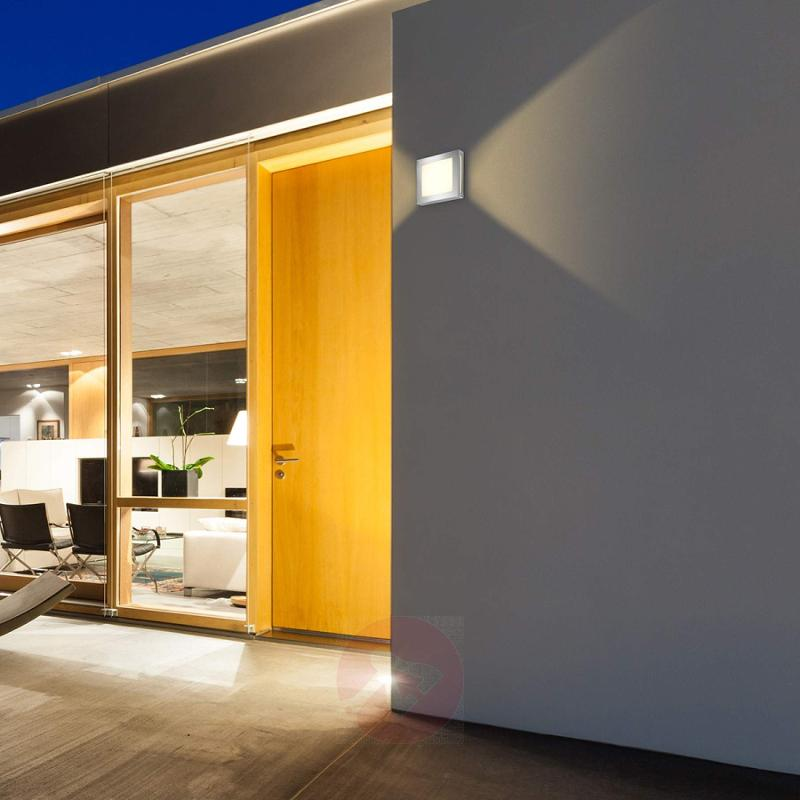 Aqua Legendo Mini stainless steel wall light - stainless-steel-outdoor-wall-lights