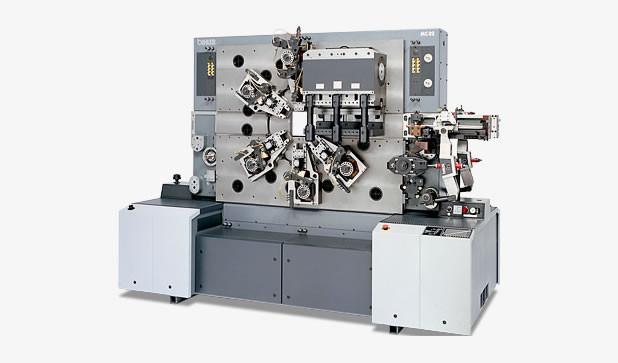 Mechanischer Stanzbiegeautomat - MC 82 - Leistungsstarker Stanzbiegeautomat MC 82 mit zwei Bearbeitungsseiten.