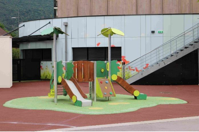 MINI - 2/6 years - Multi-activity structures for schools, public parks and campsites