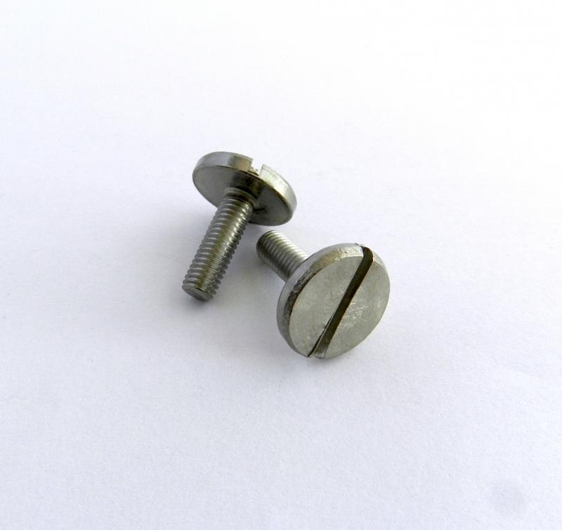 Modified standard screw - null