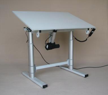 TABLE DE TRAVAIL ELECTRIQUE - null