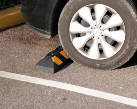Butée De Parking Caoutchouc - Aménagement Des Parking