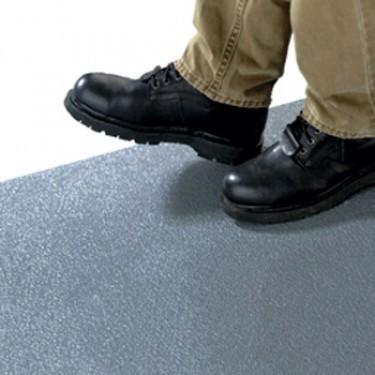Peinture antidérapante pour escalier, rampe et quais de char - Epoxy Grip® Maxi