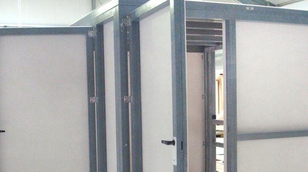 5-door Housing - housing made from glassfibre profiles and glassfibre-plates