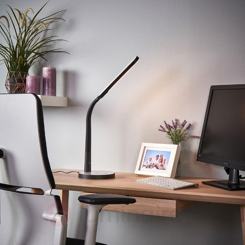 Lampe à poser LED Maily, variable, USB - Lampes de bureau LED