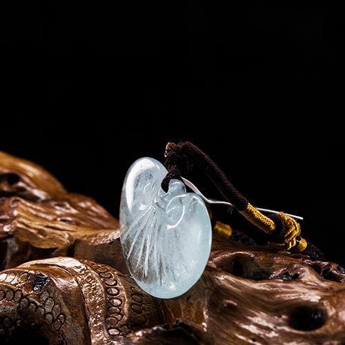 Natural aguamarina tallada piezas de oro en forma de lingote -