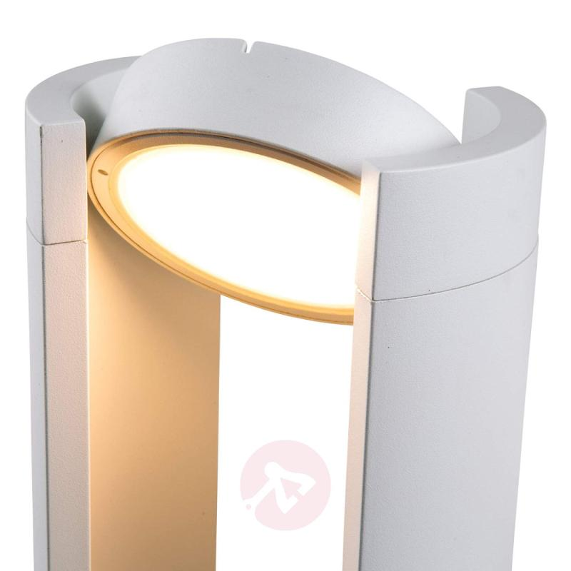 LED pillar light Lilli with pivotable head - outdoor-led-lights
