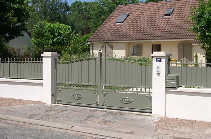 Hoftore und Zäune - Tore