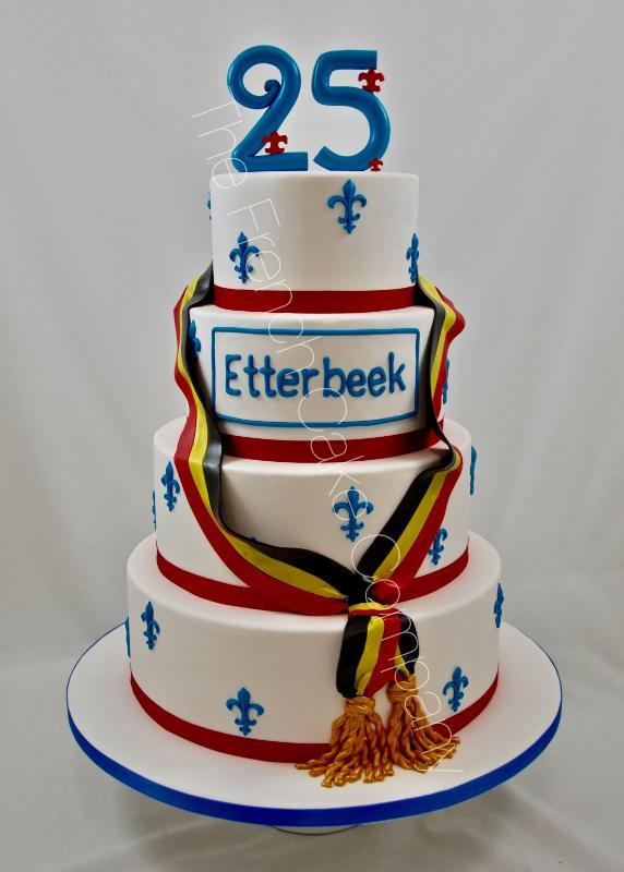 Gâteaux et Pièces Montées sur-mesure - Gâteau pour fête communale