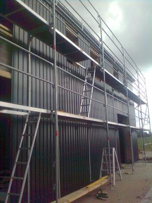 Salle commerciale sans gluelam - Construction en bois
