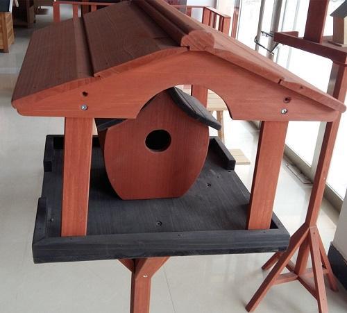 Wooden rack bird cage