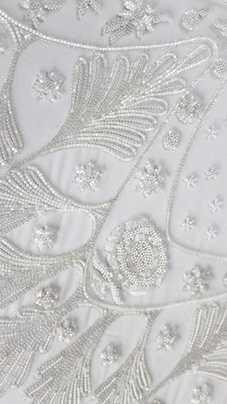 Broderie faite à la main - Broderie de robe de mariée
