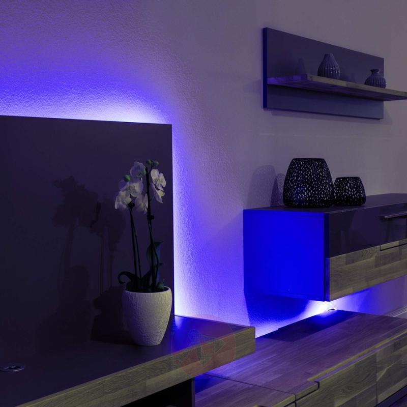 Blacklight LED strip in complete set - design-hotel-lighting