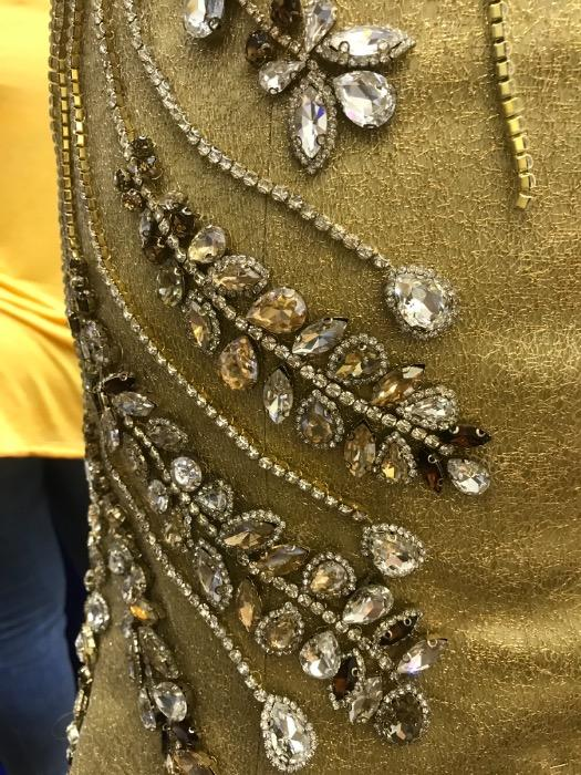Robes de cérémonie  - Robe de cérémonie en forme sirène complètement perler avec des pierres Swarovski