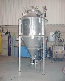 Ensemble mécano-soudés en acier carbone ou inoxydable - Doseur à poudre