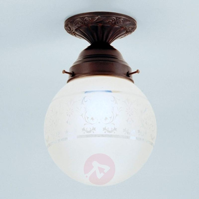 Jack - a handmade ceiling light - design-hotel-lighting