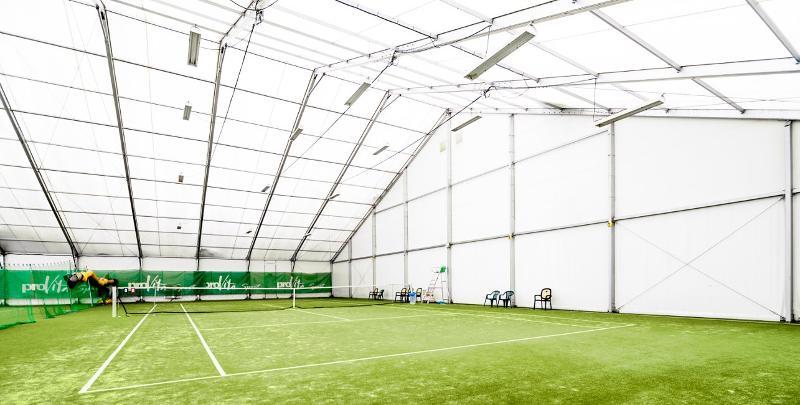 Hall Sportif/Equitation - Tentes de Réceptions en acier et en Aluminium pour fêtes