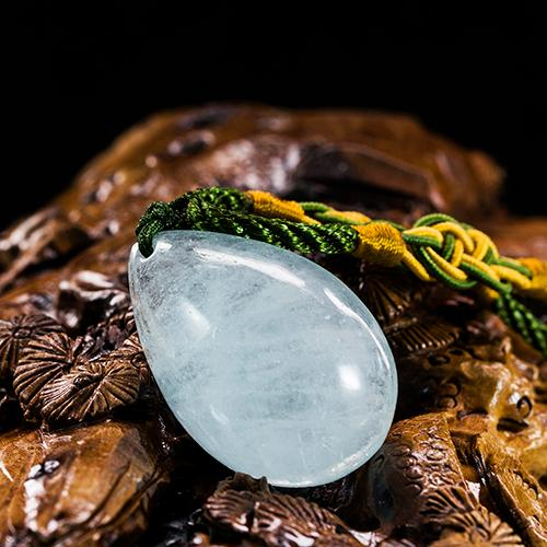 Aguamarina natural piezas talladas en forma de gota -