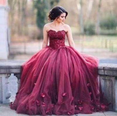 Robe de mariée - Robe de mariée bordeaux style princesse
