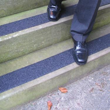 Nez de marche antidérapant escalier - Lame Super Agrippante pour Marches