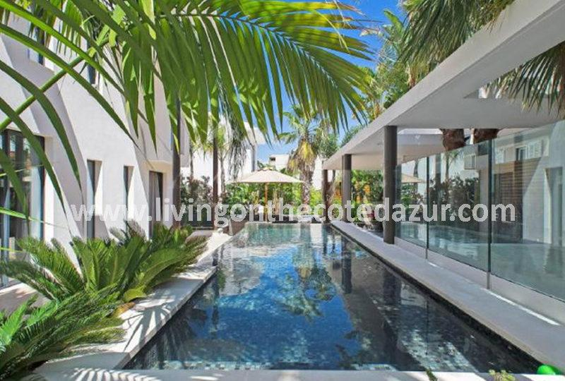 New contemporary villa Cannes Palm Beach - Real Estate