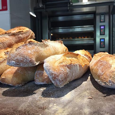 HORNOS RAMALHOS - Hornos refractarios para panaderías, pastelerías y bollerías.