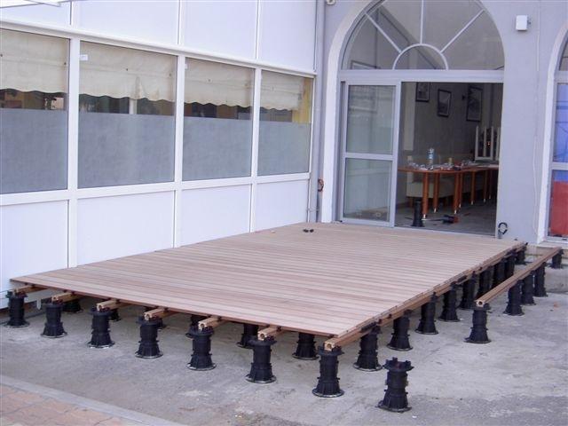 Terrasdragers vlonder - Kunststof terrasdragers met een hoge draagkracht voor onder vlonders.