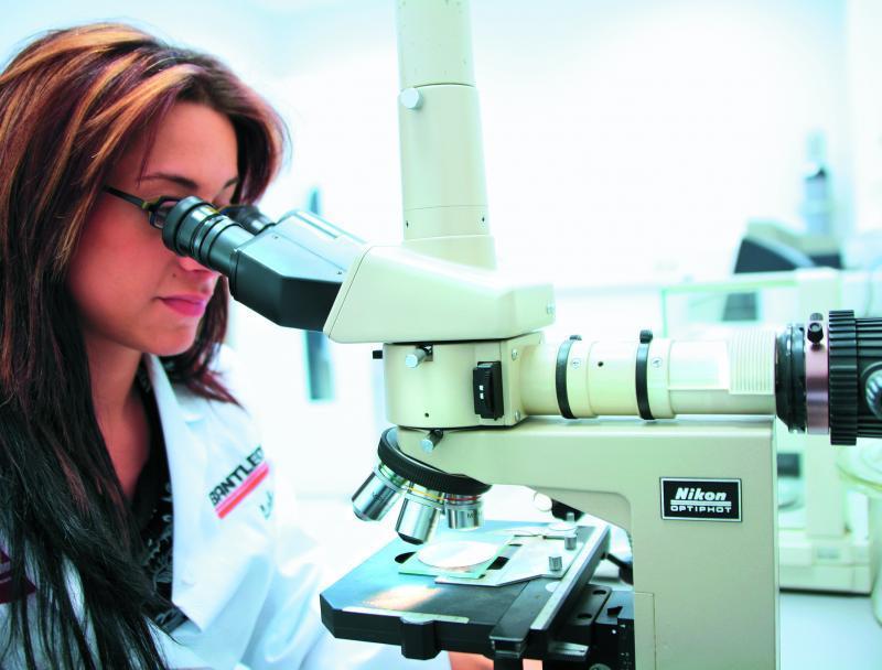 F&E / Laboranalytik - Ein entscheidender Kundennutzen ist unser unternehmenseigenes Labor.