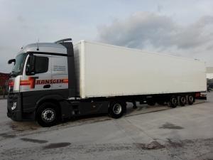 TRACTEUR + FOURGON - Services Logistiques
