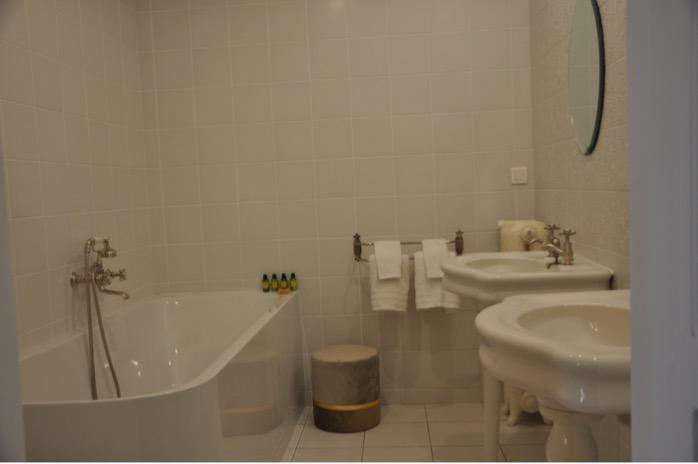 Chambre Ginkgo - Chambre tout confort avec salle de bain privative