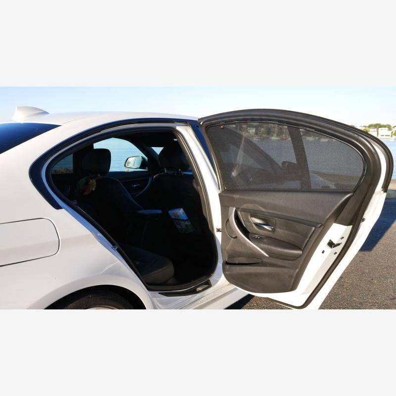 Volkswagen , Touran (2) (2010-2015), Compactvan - Magnetic car sunshades