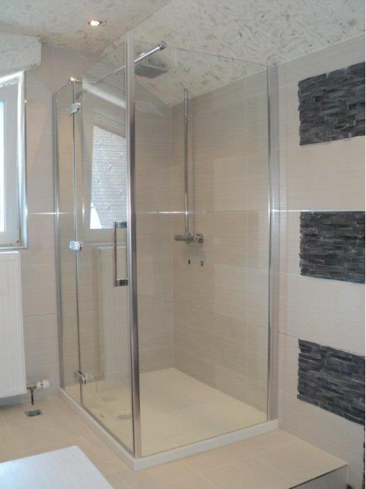 SHOWER CABINS  AND PARTITION SHOWER WALLS - SHOWER CABINS AND PARTITION SHOWER WALLS