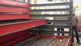 Ladestelling plat ijzer: Gemotoriseerd - Opslag profielen and buizen