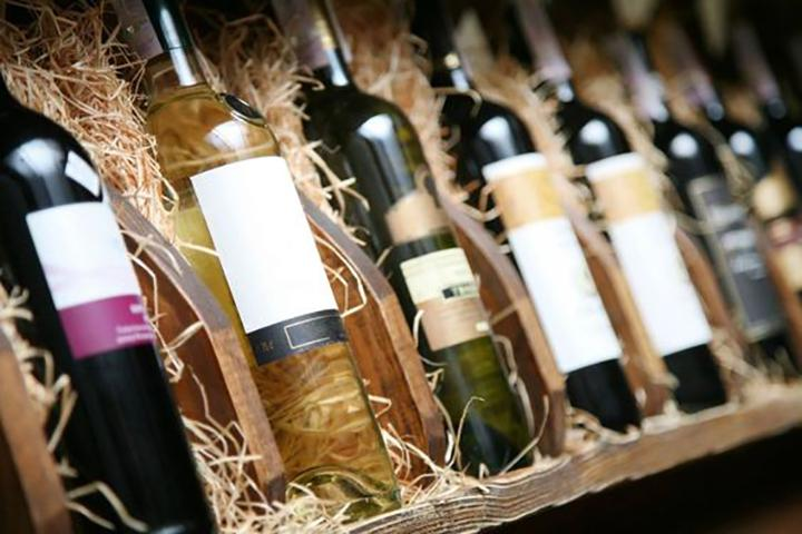 Retail Equipment For Wineshop, Wooden Wine Boxes - null