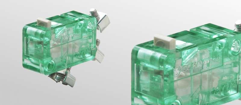 Snap-action switches, S840 - Snap-action switches, S840 with positive opening operation and wiping contacts
