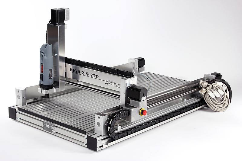 CNC Graviermaschine mit einem Verfahrweg von 720x420 mm - Unsere Graviermaschine der Serie High-Z S für Kupfer, Alu, Holz, Kunststoff