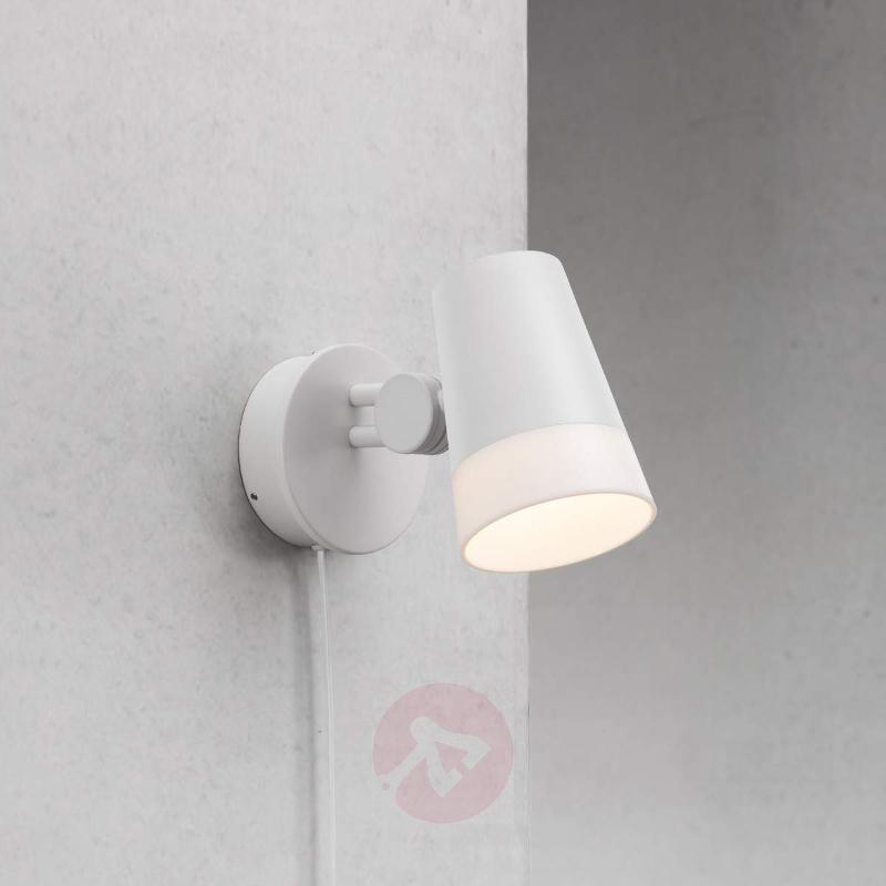 Sonate - snow-white LED wall spotlight - Wall Lights