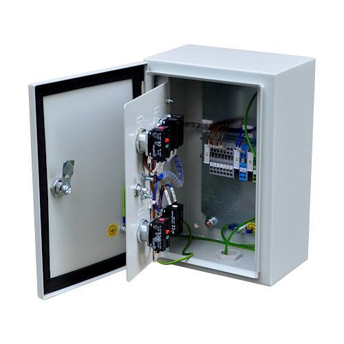 Tableaux de commande pour machines et appareils stationnaire -