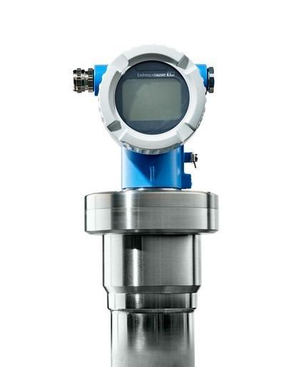 Medición de nivel radiométrico y densidad Gammapilot FMG50 - Transmisor para la detección de nivel, y la medición de densidades e interfases