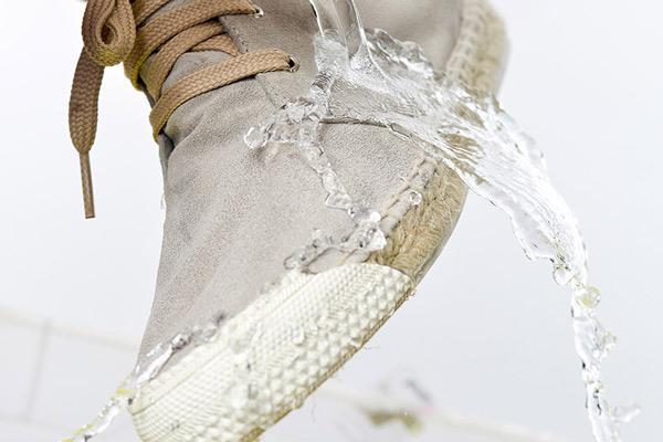 Schuhveredelung innen und außen (Private Label) -