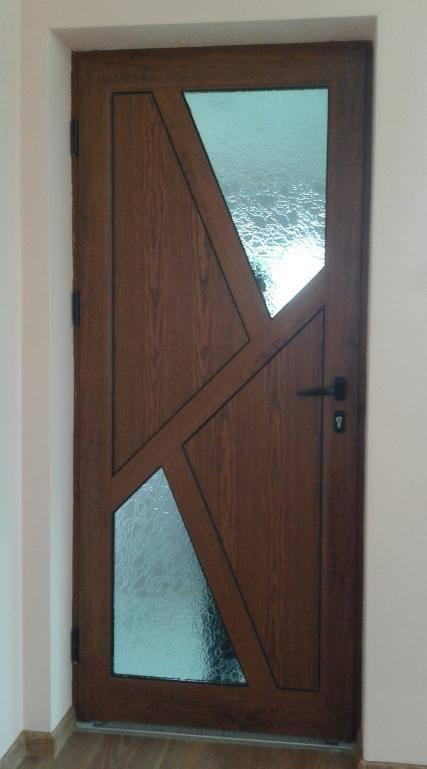 Portes en PVC et ALU - Portes d'entrée et portes intérieures