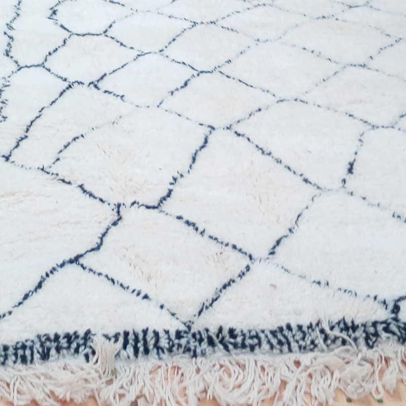 grand tapis berb re beni ouarain en laine du maroc grand. Black Bedroom Furniture Sets. Home Design Ideas