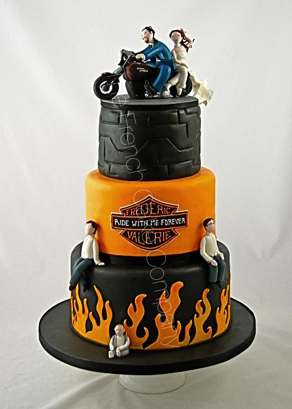 Gâteaux et Pièces Montées sur-mesure - Pièce Montée Harley davidson