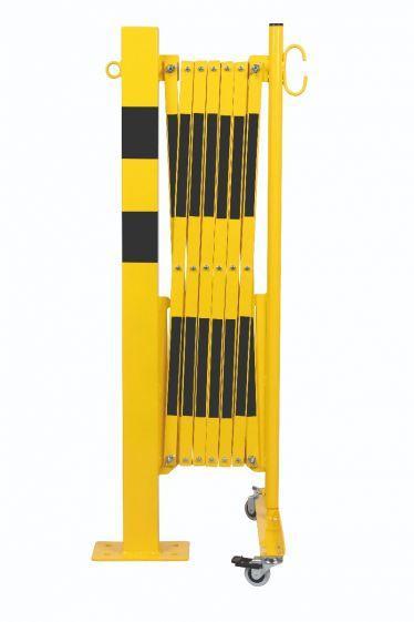 Barrière Extensible Jaune-noir 3,6m Avec Poteau 70x70 Et Rouleaux - Barrières De Sécurité