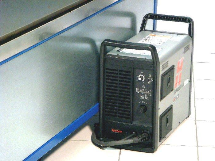 CNC Plasmaschneider / Plasmabrenner - CNC Plasmaschneideanlage mit Maschinenbrenner Hypertherm Powermax 45