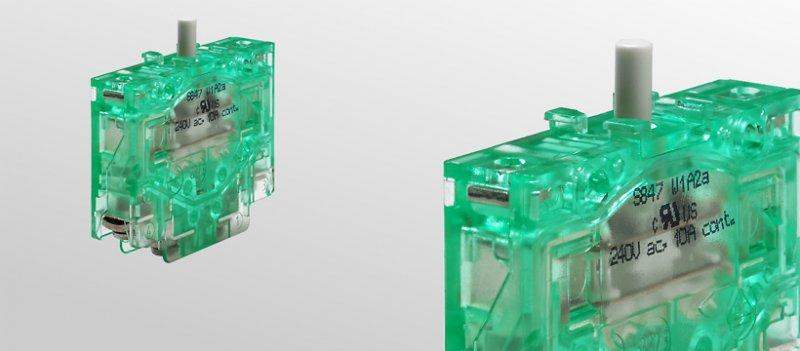 Snap-action switches, S847 - Snap-action switches, SPDT-DB (Form Zb)