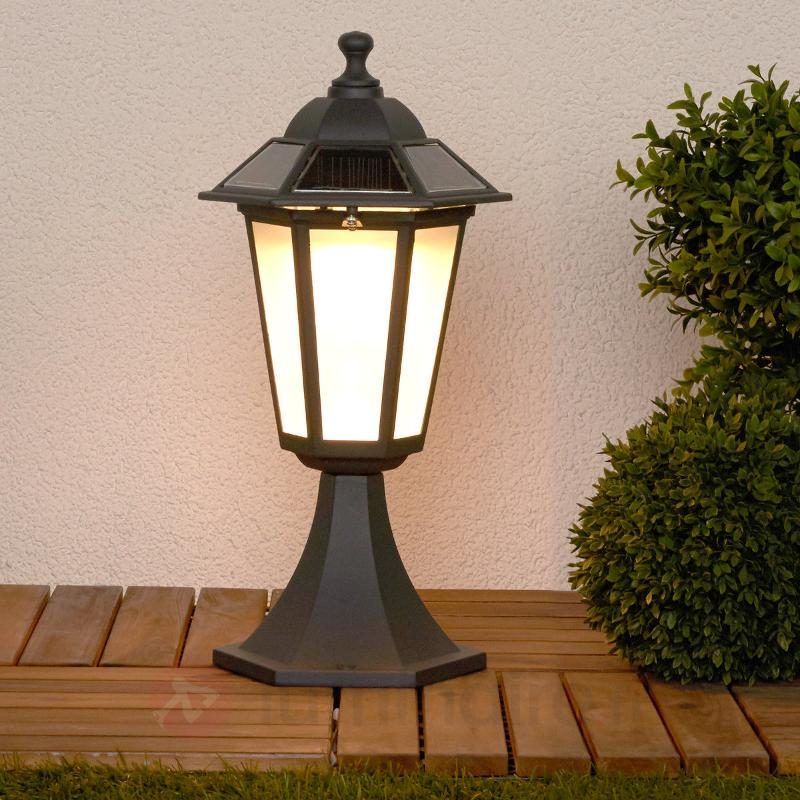 Luminaire pour socle LED Kristin, solaire - Toutes les lampes solaires