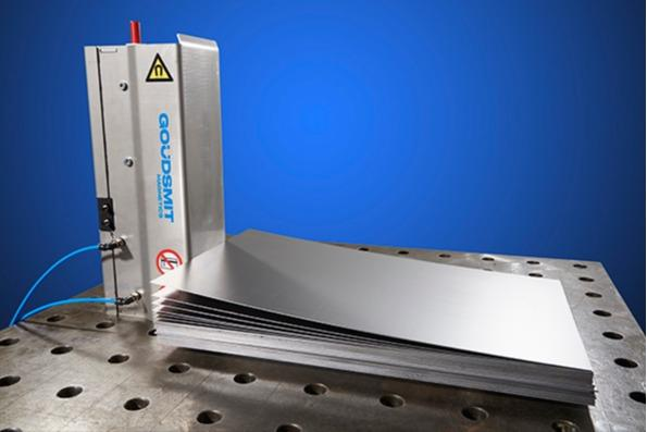Magnetic sheet separator - separate sticky or oiled steel sheets